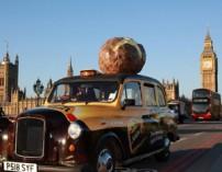 taxi campaña patata McCain en UK